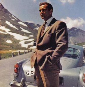 Model Jas Pria di film-film James Bond